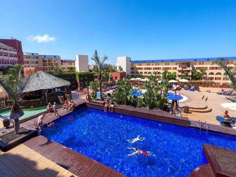 panoramica-hotel-jacaranda-con-piscine